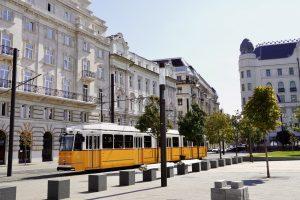 2-es villamos Budapest Impulzív Magazin